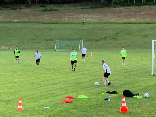 1. echtes Fussballspiel im Training