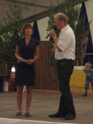 Moderatoren des Kinderprogramms: Helen Ruppel und Matthias Sachs